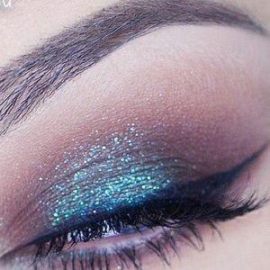 MAC Cosmetics Makeup - MAC   Reflects Blue Glitter